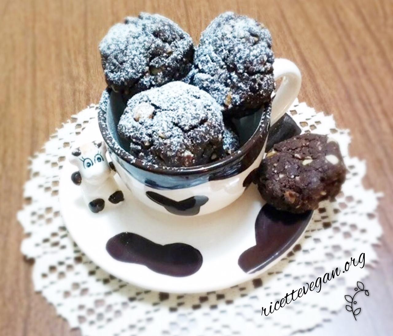 biscotti mix noci e cioccolato
