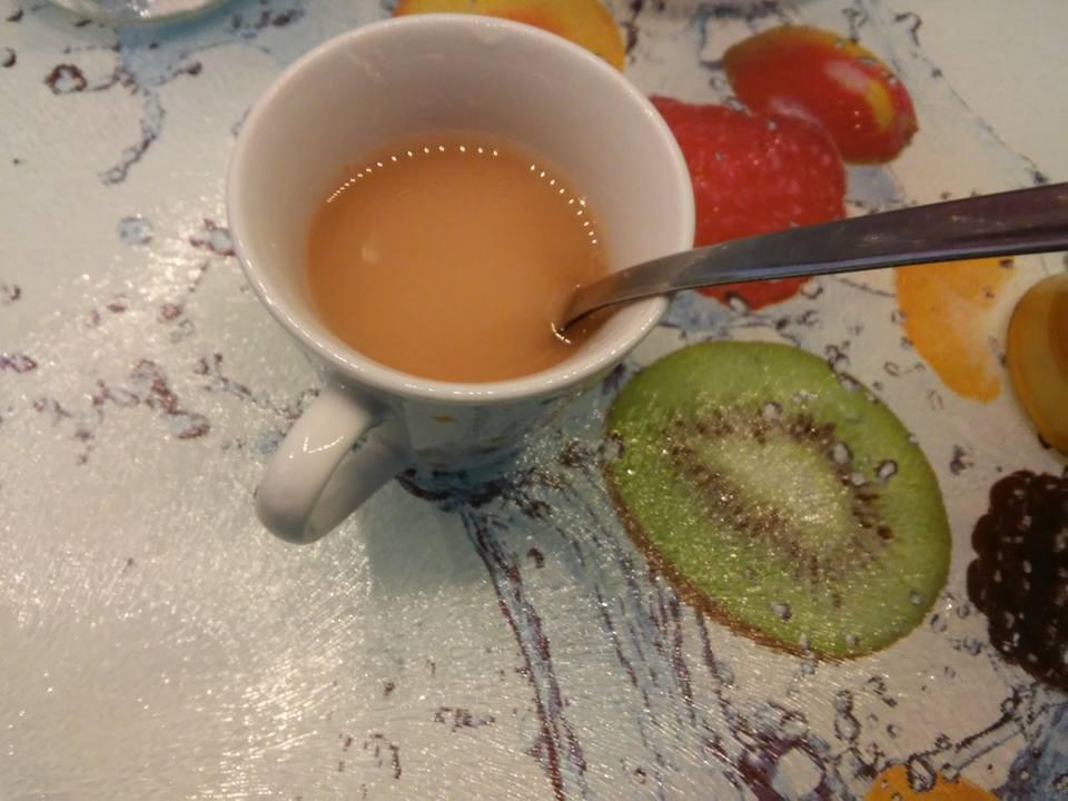 kuzu sciolto nel succo di frutta
