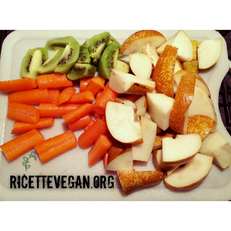 ricettevegan.org - succo pere carote kiwi 1