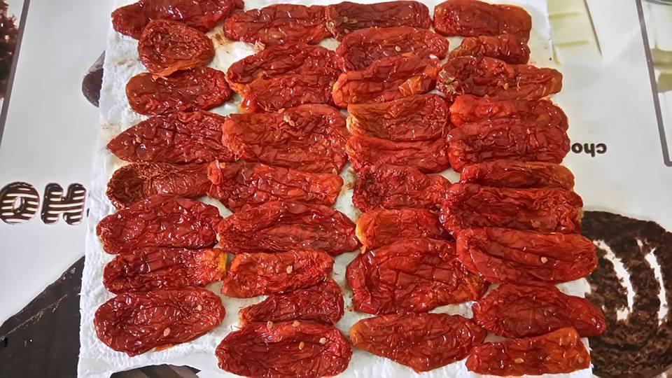 ricettevegan-org-pomodori-secchi-sottolio-3