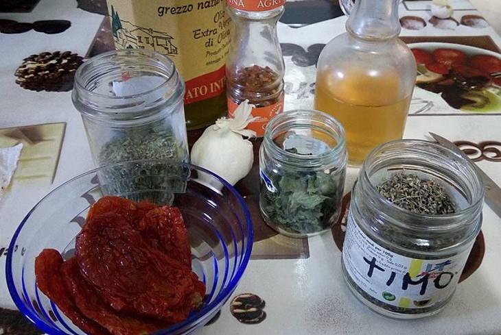 ricettevegan-org-pomodori-secchi-sottolio-ingredienti
